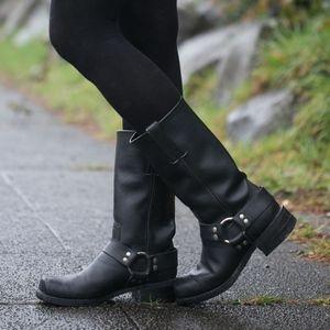 Frye Classic Black Harness Boot 12R (EUC)